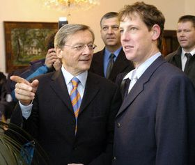 Wolfgang Schüssel y Stanislav Gross  (Foto: CTK)